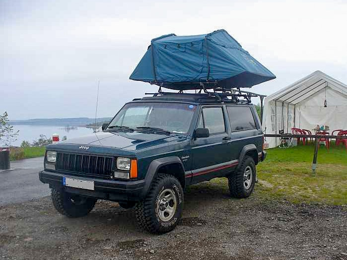 The lightest rooftop tents in the flyweight division