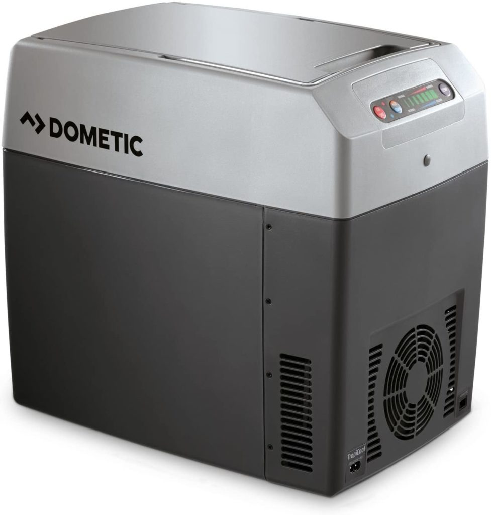 ein foto einer thermoelektrischen kühlbox mit heizfunktion von dometic