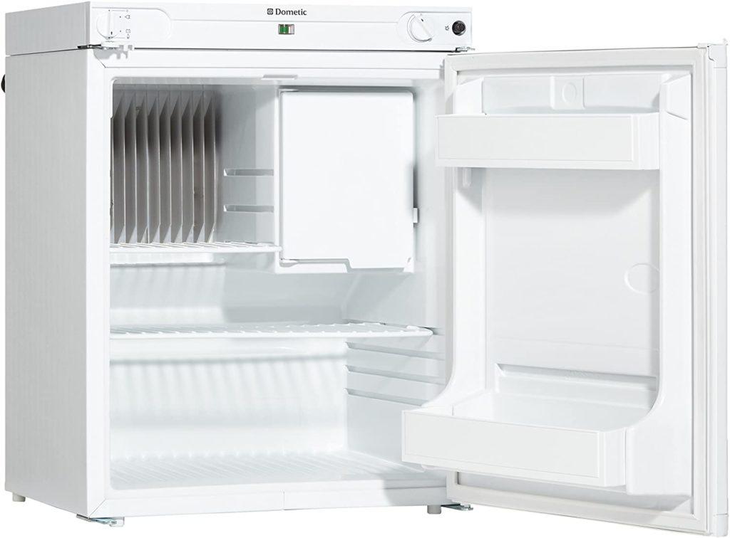 das foto zeigt einen absorber kühlschrank