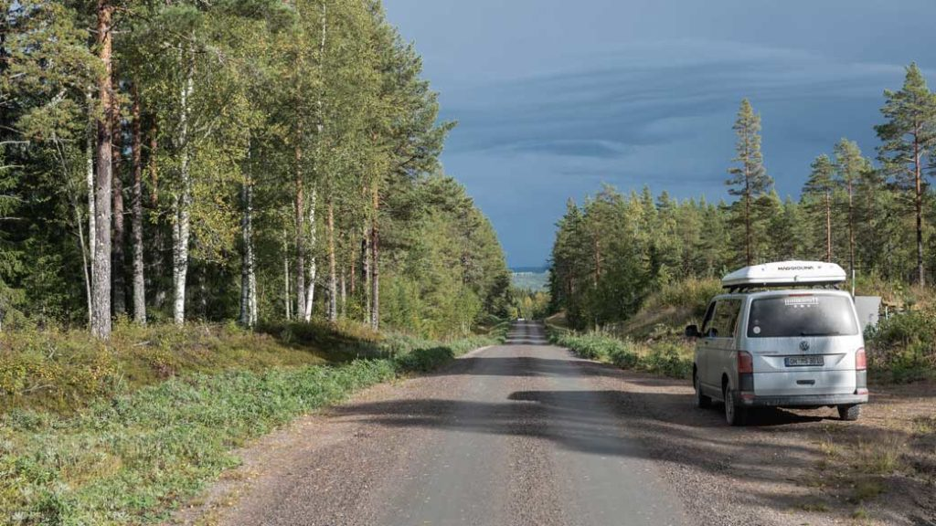 Schotterpiste in Schweden